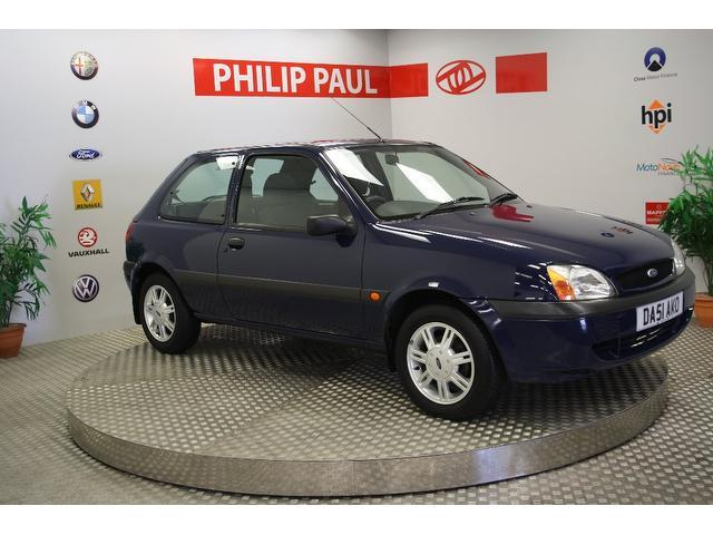 used 2001 ford fiesta hatchback blue edition 1 3 flight 3dr low petrol for sale in oswestry uk. Black Bedroom Furniture Sets. Home Design Ideas