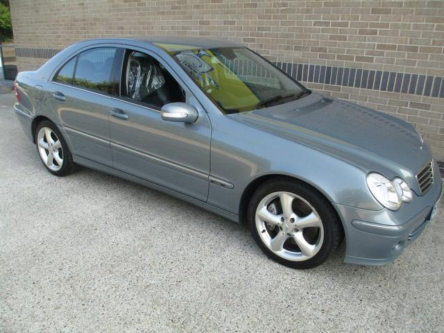 Second hand mercedes benz for sale uk autopazar for Second hand mercedes benz