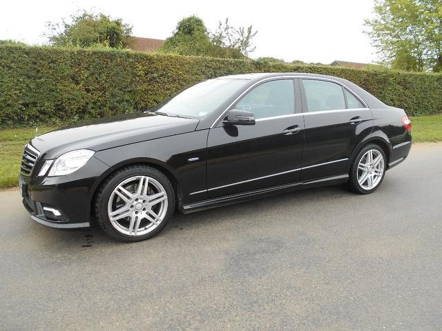 used mercedes benz 2009 model class e350 cdi blueefficiency diesel saloon black for sale in. Black Bedroom Furniture Sets. Home Design Ideas