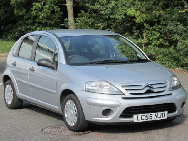 used silver citroen c3 2005 unleaded excellent condition. Black Bedroom Furniture Sets. Home Design Ideas