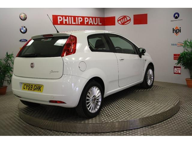 used fiat grande 2009 petrol punto 1 4 16v gp hatchback white edition for sale in oswestry uk. Black Bedroom Furniture Sets. Home Design Ideas