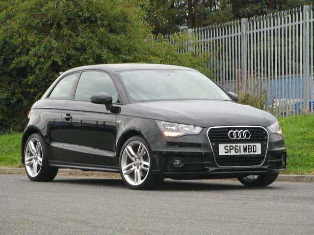 used audi a1 2011 black colour diesel 1.6 tdi s line hatchback for
