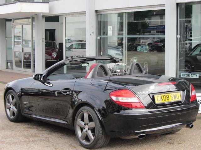 Used 2008 mercedes benz convertible 200k 2dr tip auto for Used convertible mercedes benz for sale