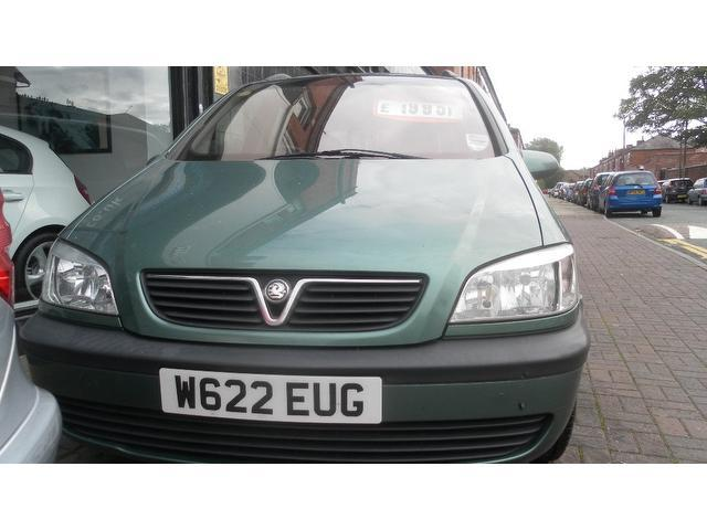 Used Vauxhall Zafira 1.6i Comfort 5 Door  Estate Green 2000 Petrol for Sale in UK