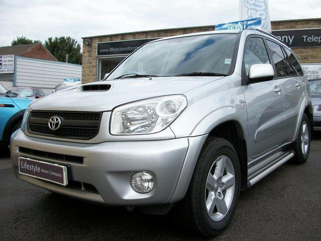 used toyota rav4 2005 diesel 2 0 d 4d xt r 5dr 4x4 silver. Black Bedroom Furniture Sets. Home Design Ideas