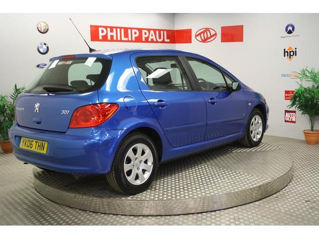 Used Peugeot 307 1.6 S 5 Door Low Hatchback Blue 2006 Petrol for Sale in UK