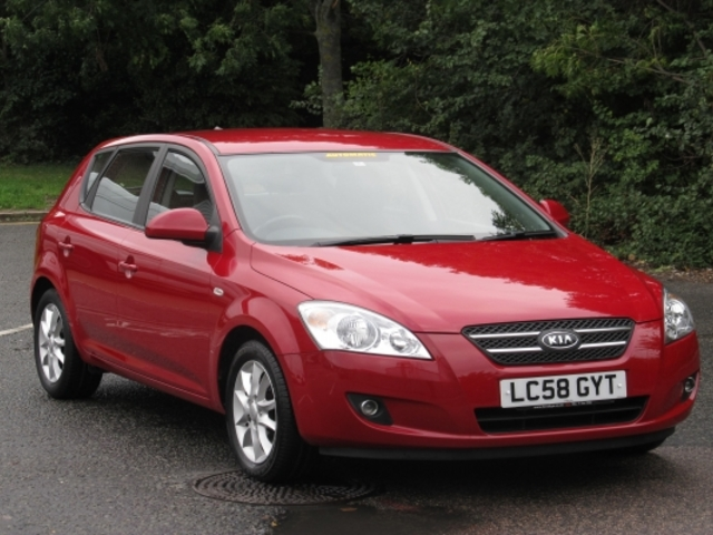 used kia ceed 2008 unleaded red edition for sale in epsom uk autopazar. Black Bedroom Furniture Sets. Home Design Ideas
