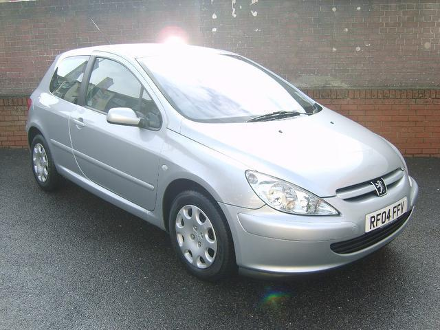Used Peugeot 307 2004 Silver Hatchback Petrol Manual for Sale