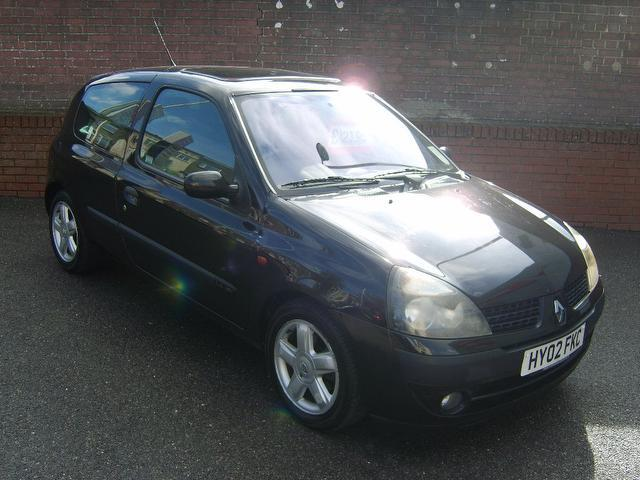 Used Renault Clio 2002 Black Hatchback Petrol Manual for Sale