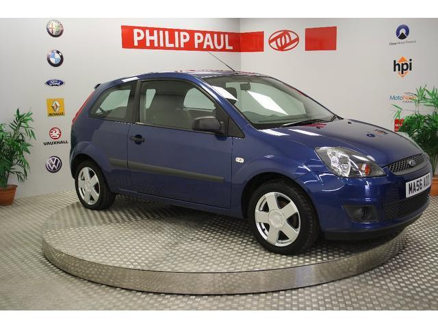 used ford fiesta 2006 blue paint petrol zetec 3dr climate hatchback for sale in oswestry. Black Bedroom Furniture Sets. Home Design Ideas