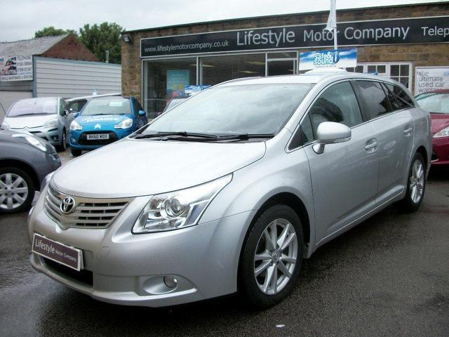 Used Toyota Avensis 2010 Silver Estate Diesel Manual for Sale