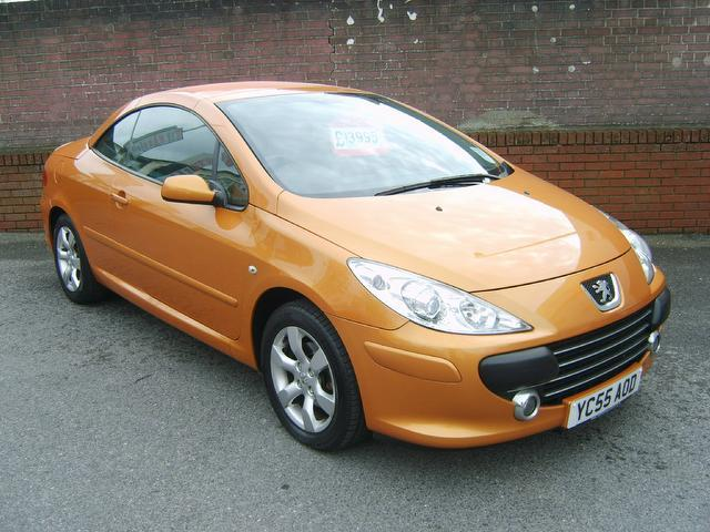 Used Peugeot 307 2.0 S 2 Door A Convertible - 2005 Petrol for Sale in UK