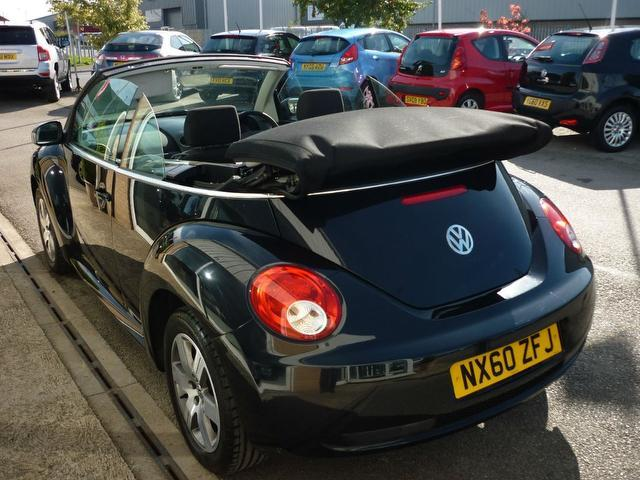 used volkswagen beetle 2010 black colour petrol 1 6 sola 2 door stylish convertible for sale in. Black Bedroom Furniture Sets. Home Design Ideas