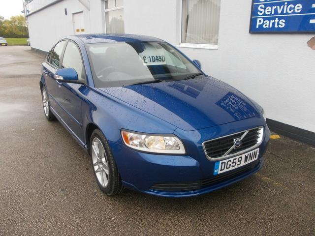 used volvo s40 car 2009 blue diesel 1.6d drive se 4 door saloon