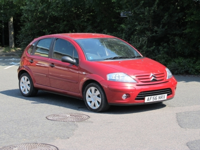 used citroen c3 2006 unleaded red automatic for sale in epsom uk autopazar. Black Bedroom Furniture Sets. Home Design Ideas