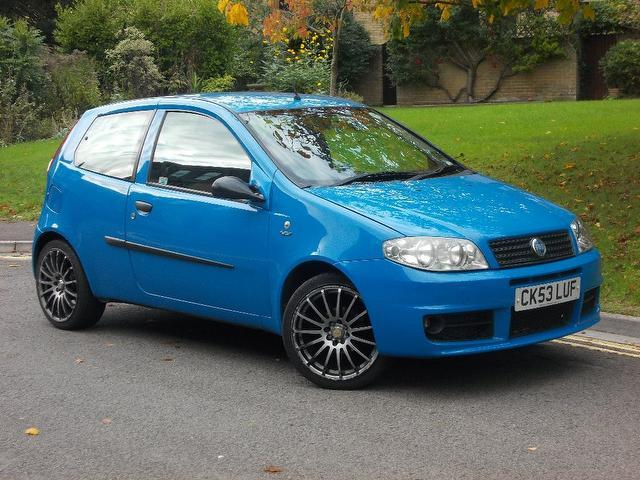 used fiat punto 2003 blue colour petrol 1 2 active sport 3 door hatchback for sale in keynsham. Black Bedroom Furniture Sets. Home Design Ideas