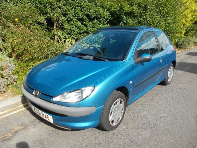 Used Peugeot 206 1.1 Lx 3 Door [ac] Hatchback Blue 2000 Petrol for Sale in UK