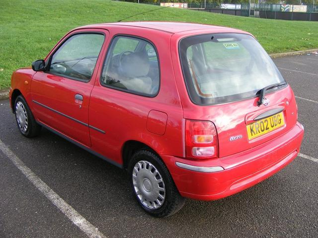 used red nissan micra 2002 petrol 1 0 s 3dr year hatchback. Black Bedroom Furniture Sets. Home Design Ideas
