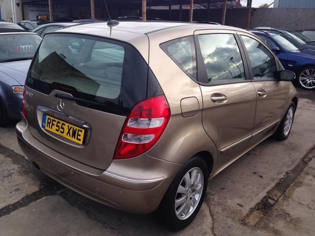 used mercedes benz 2005 model class a150 elegance se petrol hatchback gold for sale in wembley. Black Bedroom Furniture Sets. Home Design Ideas