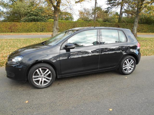 Used Volkswagen Golf 1.6 Tdi 105 Bluemotion Hatchback Black 2010 Diesel for Sale in UK