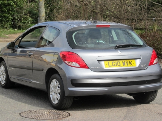 Used Peugeot 207  Gray 2010 Petrol for Sale in UK