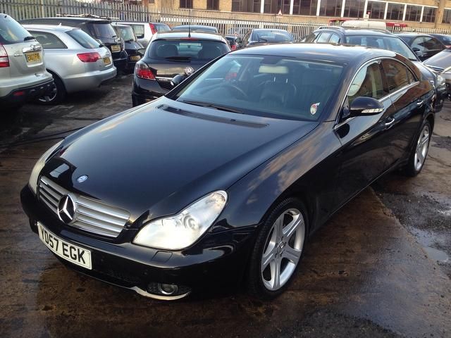 Used mercedes benz 2007 diesel cls320 cdi 4dr tip saloon for Mercedes benz uk used