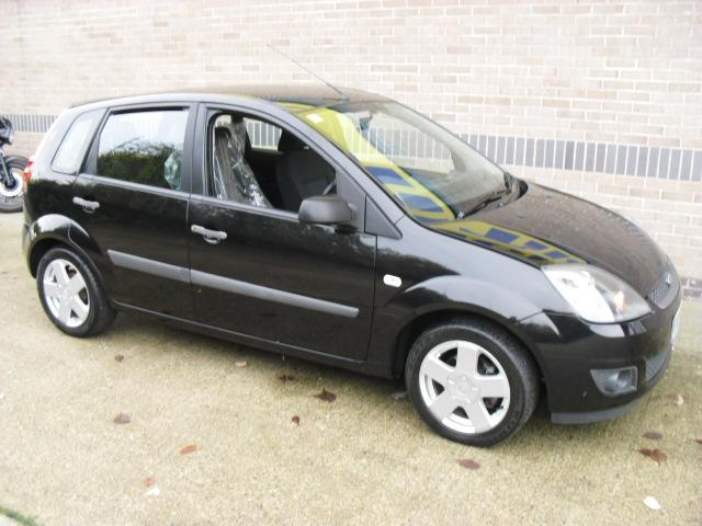 used ford fiesta 2006 petrol 1 4 zetec 5dr climate hatchback black edition for sale in norwich. Black Bedroom Furniture Sets. Home Design Ideas