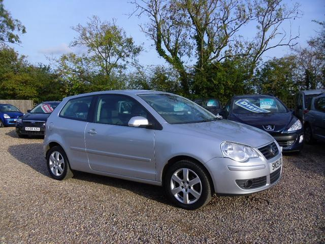 Used Volkswagen Polo 2009 Silver Hatchback Petrol Manual for Sale
