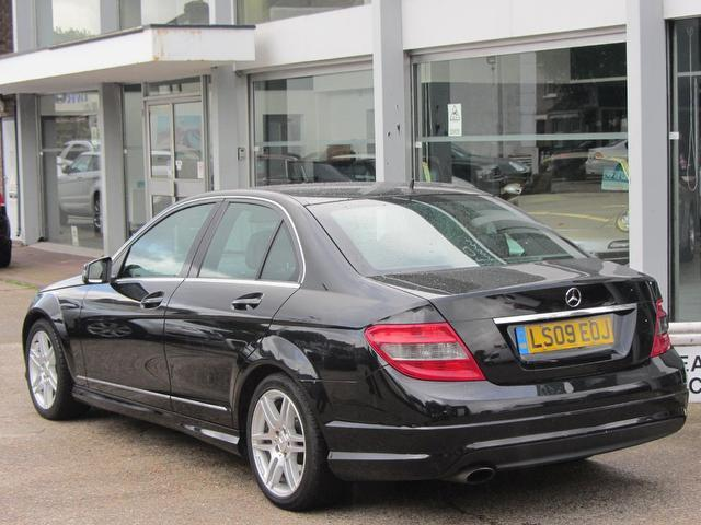 used black mercedes benz 2009 diesel class c200 cdi sport saloon excellent condition for sale. Black Bedroom Furniture Sets. Home Design Ideas
