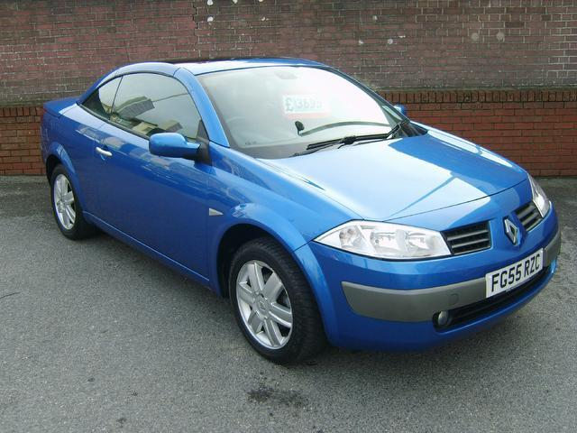 Used Renault Megane 1.6 Vvt Dynamique 2 Door Convertible Blue 2005 Petrol for Sale in UK