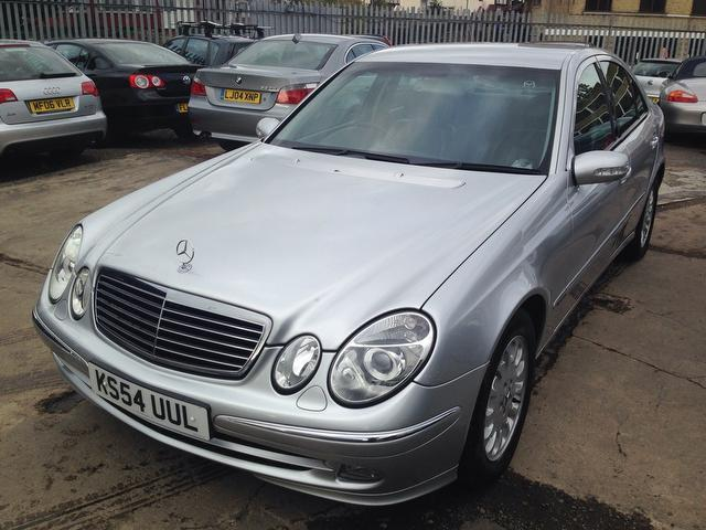Used Mercedes Benz Class E220 Cdi Elegance Saloon Silver 2005 Diesel for Sale in UK