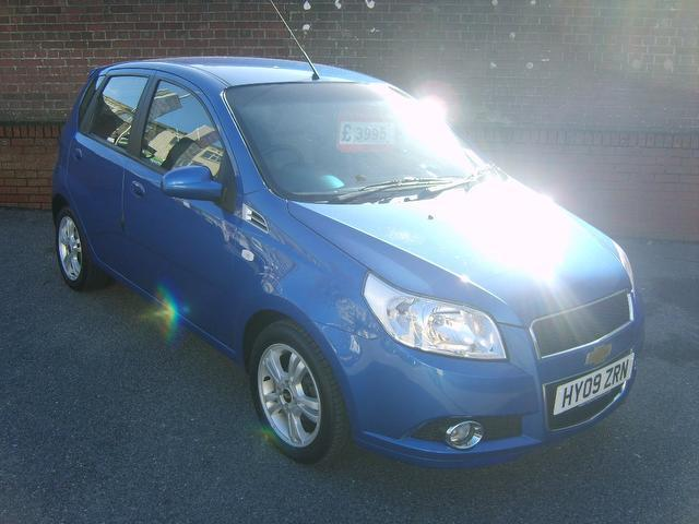 Used Chevrolet Aveo 2009 Blue Hatchback Petrol Manual for Sale