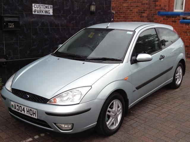 used ford focus 2004 diesel 1 8 tdci zetec 5dr hatchback. Black Bedroom Furniture Sets. Home Design Ideas