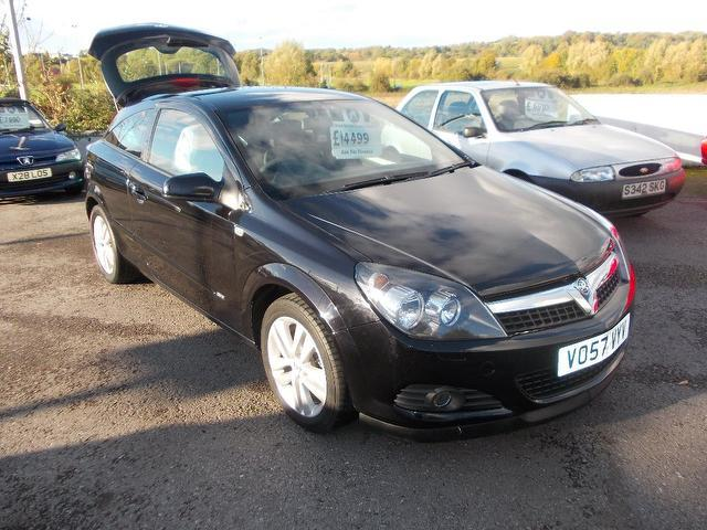 Used Vauxhall Astra 2007 Black Hatchback Petrol Manual for Sale