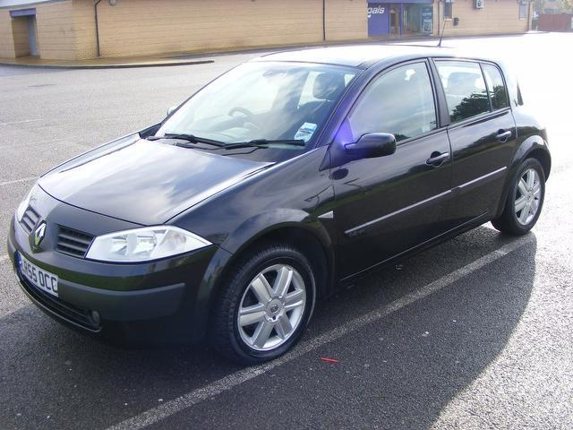 Used Renault Megane 1.6 Vvt Oasis 5 Door Hatchback Black 2005 Petrol for Sale in UK