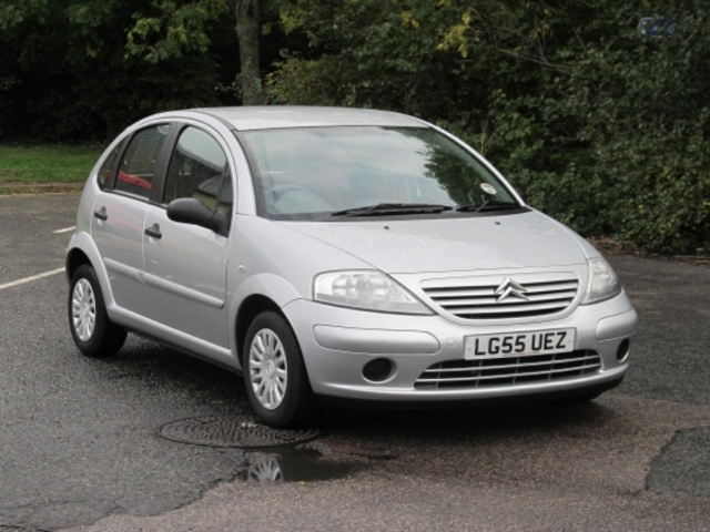 used citroen c3 car 2005 silver unleaded for sale in epsom uk autopazar. Black Bedroom Furniture Sets. Home Design Ideas