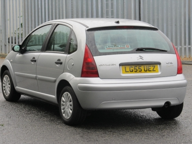 used citroen c3 car 2005 silver unleaded for sale in epsom. Black Bedroom Furniture Sets. Home Design Ideas