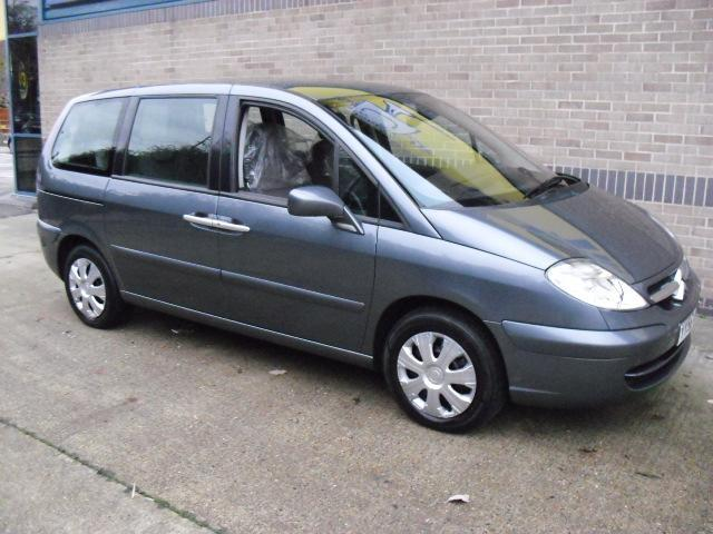used grey citroen c8 2006 diesel 2 0 hdi 16v sx estate in great condition for sale autopazar. Black Bedroom Furniture Sets. Home Design Ideas
