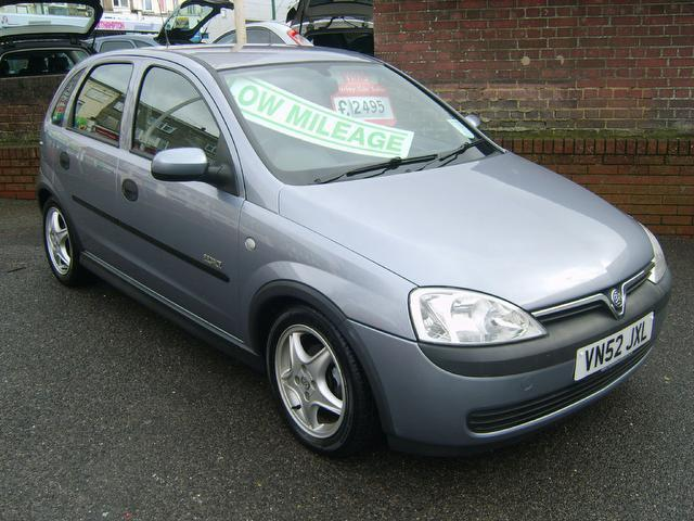 Used Vauxhall Corsa 2002 Silver Hatchback Petrol Manual for Sale