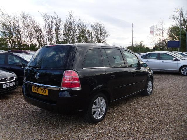 Used Vauxhall Zafira 1.8i Design 5 Door With Estate Black 2007 Petrol for Sale in UK