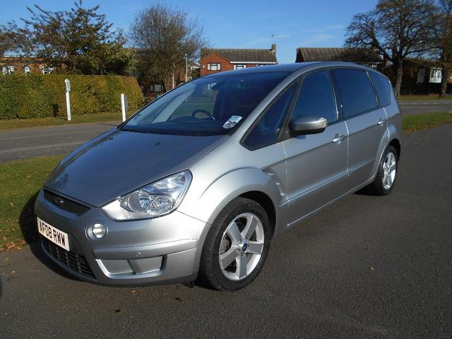 Used Ford S Max 2.0 Tdci Titanium 5 Door Estate Silver 2008 Diesel for Sale in UK