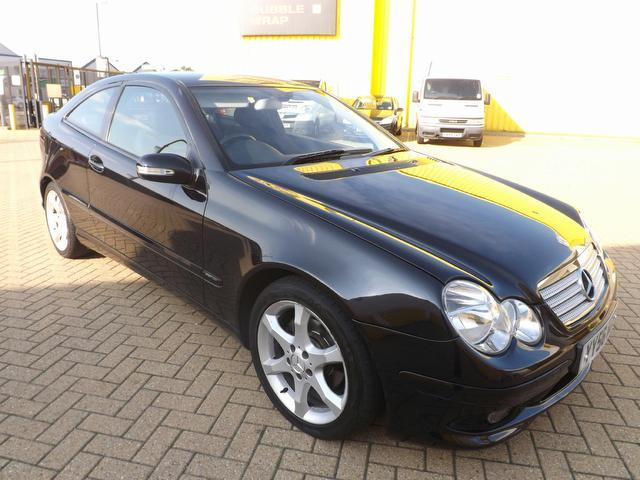 used mercedes benz 2006 automatic diesel class c220 cdi sport black for sale uk autopazar. Black Bedroom Furniture Sets. Home Design Ideas