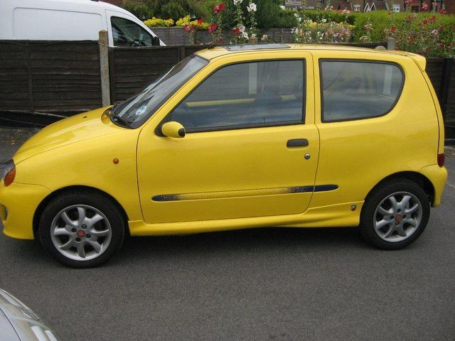 used fiat seicento 2001 petrol sporting 3dr 1 1 hatchback yellow manual for sale in. Black Bedroom Furniture Sets. Home Design Ideas
