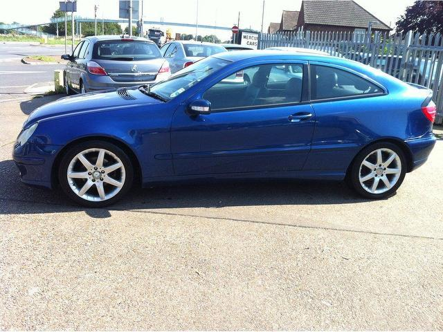 Used mercedes benz 2003 diesel class c220 cdi se coupe for Mercedes benz c220 cdi for sale