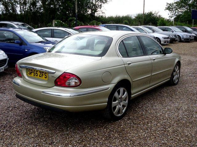 Used Jaguar X Type 2005 Diesel 2 0d Se Sat Nav Saloon Gold