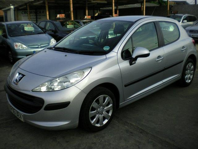 Used Peugeot 207 1.4 16v S 5 Door Hatchback Silver 2006 Petrol for Sale in UK