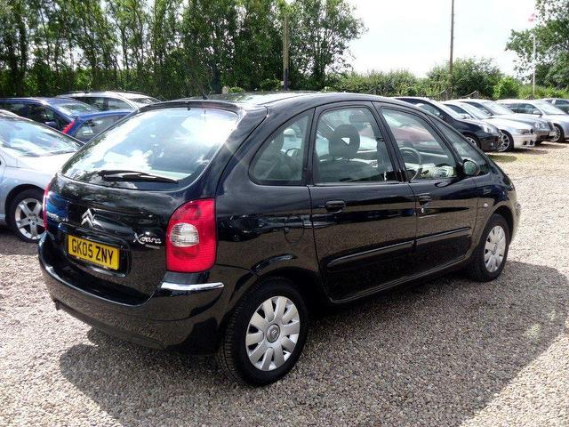 used citroen xsara 2005 petrol picasso 16v exclusive estate black manual for sale in. Black Bedroom Furniture Sets. Home Design Ideas