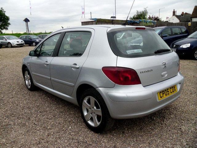 used peugeot 307 2005 diesel 1 6 hdi 110 s hatchback silver manual for sale in nuneaton uk. Black Bedroom Furniture Sets. Home Design Ideas