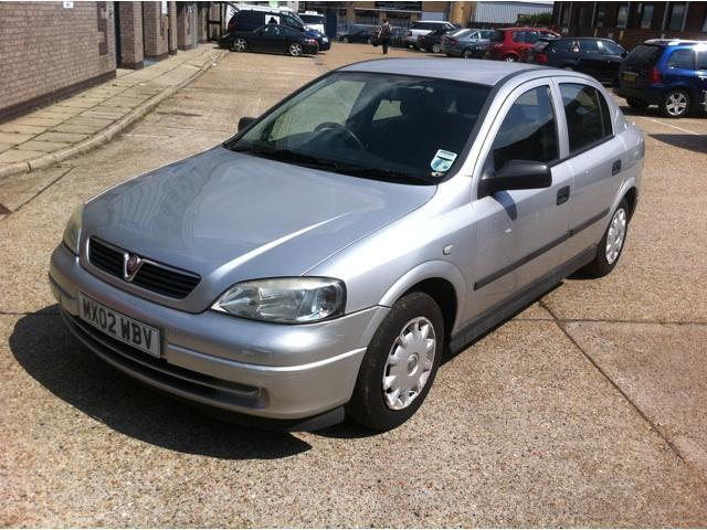 used vauxhall astra 2002 petrol envoy 5dr auto hatchback silver automatic for sale in. Black Bedroom Furniture Sets. Home Design Ideas