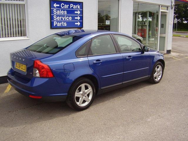 used volvo s40 2008 petrol 1 8 s 4dr saloon blue manual for sale in wirral uk   autopazar